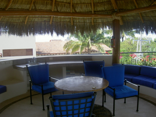 palapa-for-guests-use