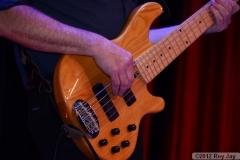 benefit-2012-onstage-063